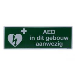 AED aanwezig sticker 30x10